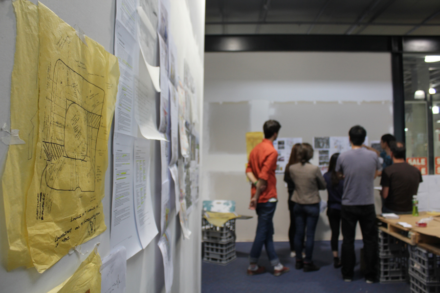 Individual projects afoot: exploring the territory, choosing a site, planning and sketching.