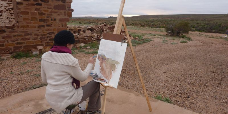 Joanne Nataprawira paints ruins of a homestead north of Woomera, 2010.
