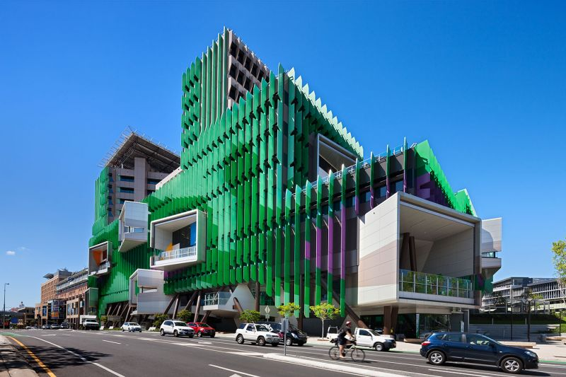 Exterior of the Lady Cilento Children's Hospital building