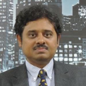 Dr Raghu Dharmapuri Tirumala