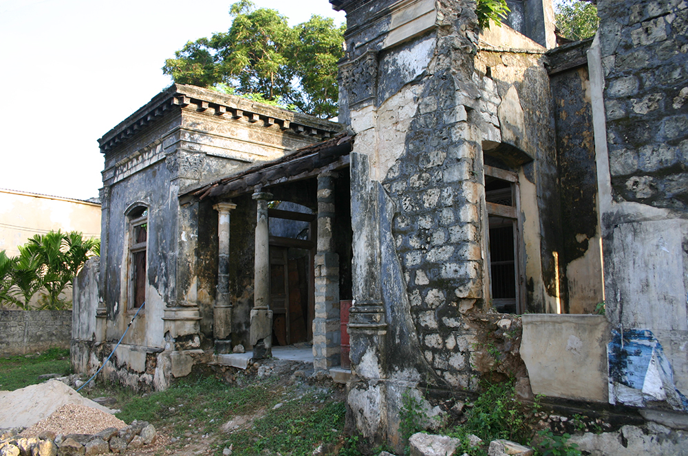 War damaged buildings in Jaffna